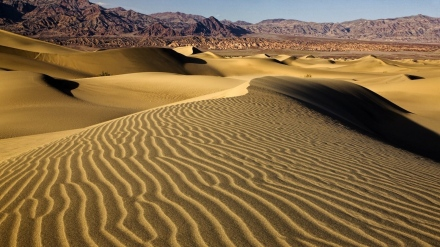 desert-sand-dunes-photos-wallpaper-widescreen-429m700ksr