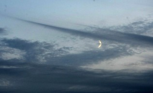 speared_cloud_crescent-moon